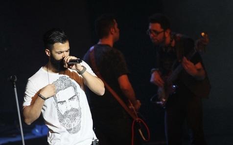 تیشرت «سیروان خسروی» در روز سوم جشنواره موسیقی + تصاویر