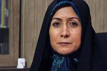 شهربانو امانی: امام در برابر خانه نشینی زنان مقاومت کرد