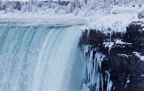 آبشار نیاگارا یخ زد + تصاویر