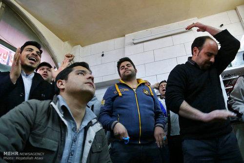 تماشای بازی ایران و عراق + عکس