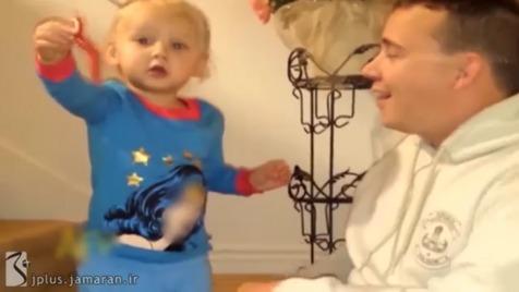 جی پلاس: تعجب جالب یک کودک از خوردن مار + ویدیو