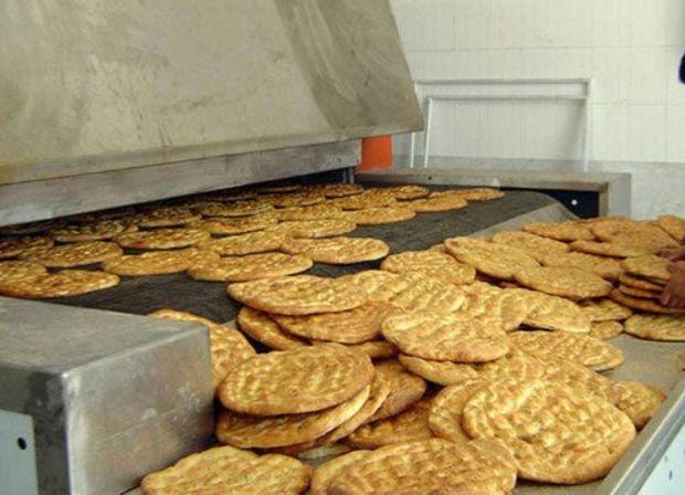 70 درصد نانوایی های یزد از آرد نامناسب استفاده می کنند