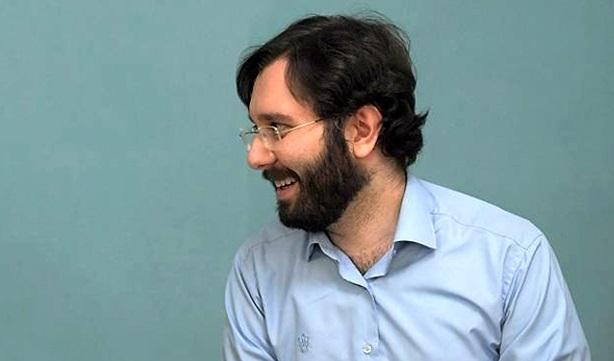 عماد خاتمی: خیلی خوب است که آقازادهها مرتبا توسط جامعه، رسانهها و افکار عمومی گزیده شوند
