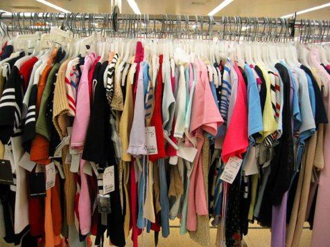 کاهش ۳۸ درصدی واردات پوشاک در سال 97