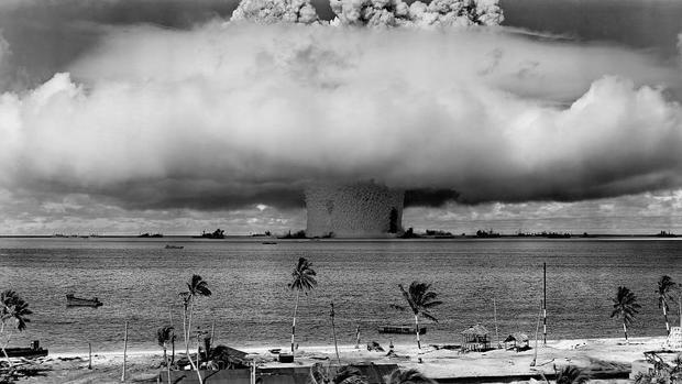 شکایت یک مستعمره فرانسه در دیوان بین المللی کیفری به دلیل آزمایشهای هسته ای پاریس