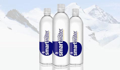 بطری آب هوشمندی که با تشنگی کاربرش می درخشد!