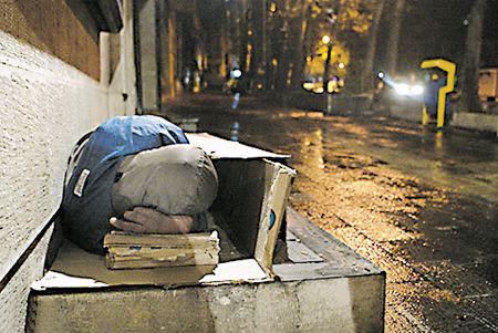 در روزهای سرد پایتخت کارتنخوابی از یخزدگی فوت کرده است؟