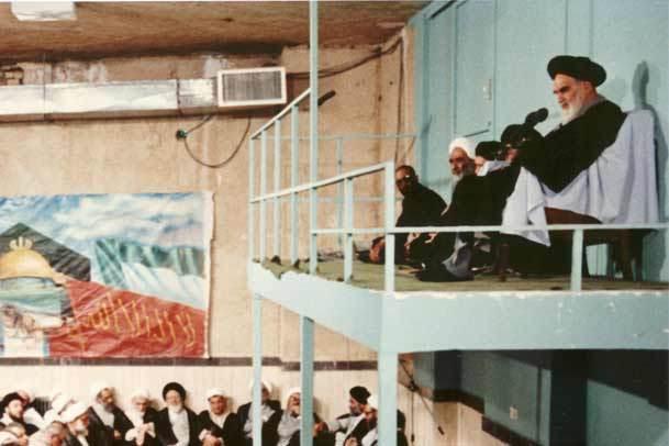 سخنرانى امام خمینی(س) در جمع مسئولان دانشگاه ها درمورد لزوم انقلاب فرهنگی