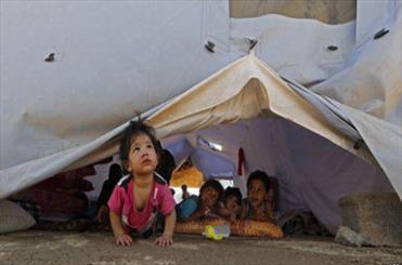 وضعیت  کودکان عراقی/ نونهالانی که فرش آنها سنگ است