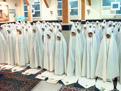 نکات اخلاقی نماز/ ادب سلام را از نماز بیاموزیم
