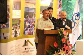 افتتاح نمایشگاه «دست ها و سطرهای مهربان» با حضور مسجدجامعی