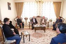 استاندار قزوین با خانواده 2 شهید دیدار کرد
