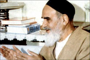مواجهه امام خمینی(س) با عباس زریاب خویی در مورد نسبت عالمان و حکومت