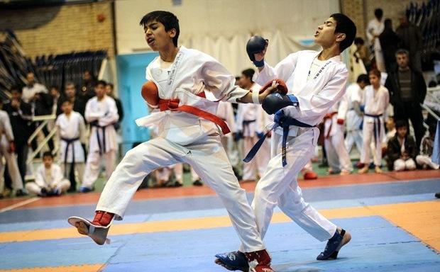 نونهالان مهران قهرمان کاراته نوجوانان کشور شدند