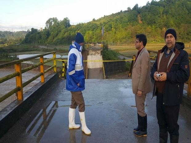پل روستای منگل در سوادکوه شمالی تخریب شد