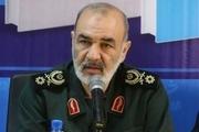 قدرت انقلاب اسلامی، عرصه را بر قدرت های بزرگ، تنگ کرده است