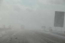مه گرفتگی در جاده های کوهستانی زنجان، تردد را کند کرده است