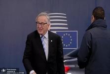 حرکات عجیب و غریب رئیس کمیسیون اروپا+ تصاویر