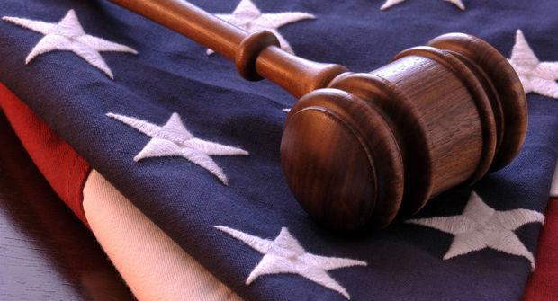 یک ایرانی به انتقال اسرار تجاری آمریکا به ایران متهم شد