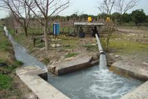 کشاورزان ابرکوه با طرح های نوین برداشت آب را مدیریت کنند