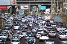ترافیک سنگین درجاده کرج -چالوس وآزادراه تهران - کرج -قزوین