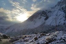بارش برف و باران در محورهای کوهستانی استان تهران