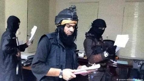 داعش در موصل، معلم استخدام میکند