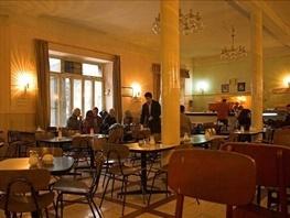 میراث فرهنگی: تخریب کافه نادری ممنوع است