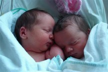 پنج نوزاد دو قلو در یک روز در مرکز درمانی شیراز متولد شدند