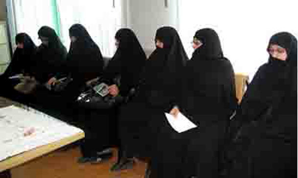 همایش «زن و توسعه فرهنگی از دیدگاه امام(ره)» برگزار شد