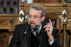 لاریجانی: ایران از هیچ کمکی در مبارزه با داعش دریغ نخواهد کرد