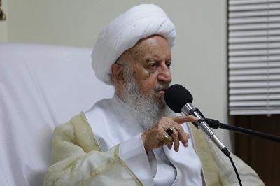 آیت الله مکارم شیرازی: همواره رو به جلو حرکت کنید/ هرقدم مثبتی که برمی دارید خوشحال می شوم