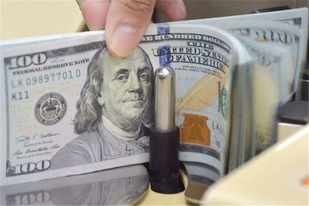 دلار ۳۹۰۰ تومان شد
