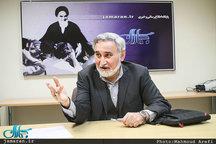 «پروپاگاندای سیاه» چالش دولت در یک سال آینده است/ پروژه «نجات کشور» تمام نشده است/ تحمل حاکمیت بیشتر شده/ عارف و لاریجانی به تفاهم برسند/ روحانی 5 سال وقت دارد/ چرا احمدی نژاد باید رد صلاحیت شود؟