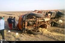 واژگونی کامیون در سبزوار 2 مصدوم در پی داشت