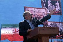 مردم ایران در مبارزه با استکبار جهانی راهبردهای کلان رهبری را مد نظر قرار دهند
