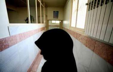 ستاد دیه: همه زندانیان غیرعمد زن سرپرست خانوار آزاد می شوند