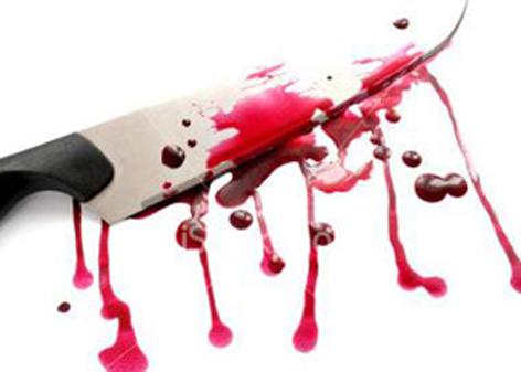قتل همسر با پرتاب چاقو به سینه