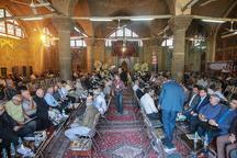 مراسم یادبود 'اشفاق' از فعالان سیاسی اصفهان برگزار شد