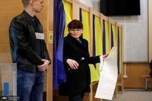 انتخابات اوکراین: سرخوردگی که اوکراینی ها را به سمت یک کمدین سوق می دهد