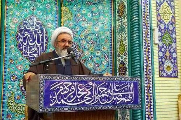 امام جمعه مراغه: هیمنه پوشالی آمریکا در حال شکستن است