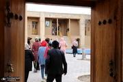 بازدید مسافران نوروزی از بیت تاریخی حضرت امام خمینی(س) در خمین