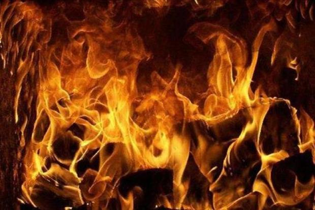 سه نفر از آتش سوزی تراشکاری در مشهد نجات یافتند