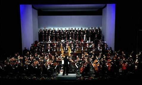 فقط با ۵۰ نفر خواننده گروه کر قرارداد بسته میشود