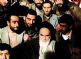 امام خمینی(س): سلب آزادی های فردی و اجتماعی نقض قانون اساسی است