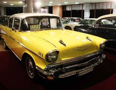 نمایشگاه خودروهای کلاسیک در قزوین / فیلم
