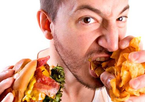 غذاخوردن در نیمه شب عامل چاقی/راهکارهای جلوگیری از گرسنگی