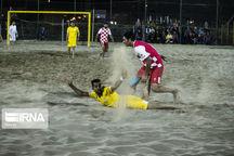 مسابقات فوتبال ساحلی کشور در یزد آغاز شد