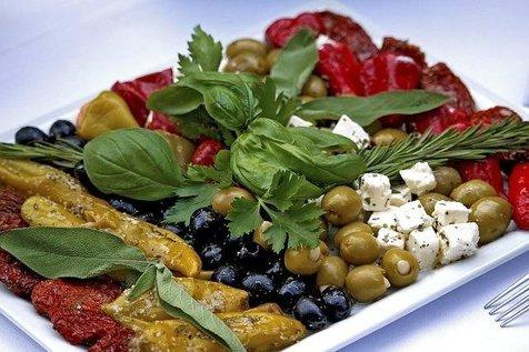 تاثیر رژیم غذایی مدیترانه ای بر کاهش نارسایی قلبی در سالمندان