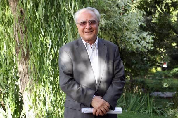 سید حسین سلیمی در گفت و گو با جماران: اجرای اقتصاد مقاومتی نیاز به فرهنگ سازی دارد